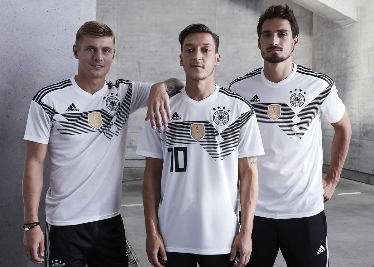 Das neue Deutschlandtrikot 2018 zur Fußbal WM 2018!