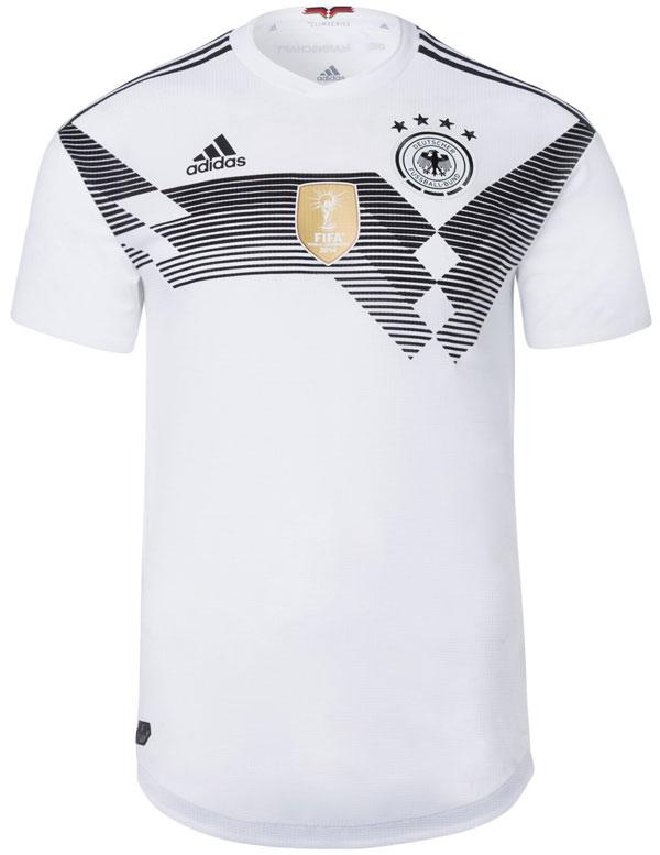 Das DFB Trikot von Mario Gomez.