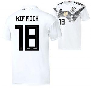 Im DFB Trikot trägt Joshua Kimmich die Nummer 18 auf dem Rücken.