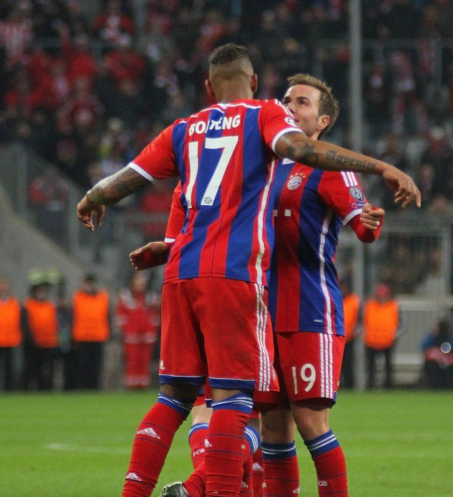 Jerome Boateng im Trikot des FC Bayern Münchens mit der 17. (Foto Shutterstock)