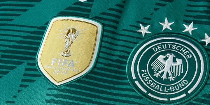Das neue grüne Away Trikot von Deutschland zur Fußball WM 2018!