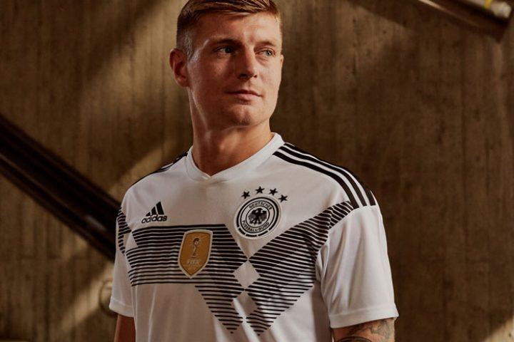 Toni Kroos im neuen Deutschland Trikot 2018