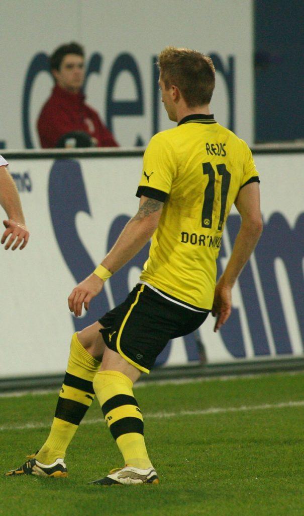 Marco Reus 2014 im BVB Trikot mit der Rückennummer 11 (Foto Sport-in-augsburg)