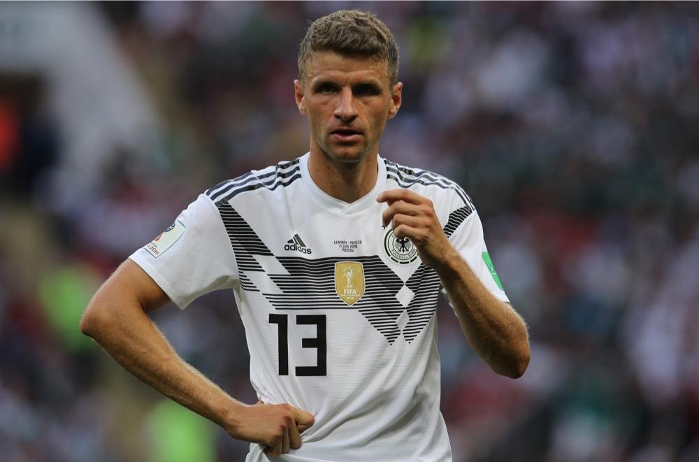 Thomas Müller mit der Nummer 13 auf dem Deutschland Trikot gegen Mexiko beim 1.Gruppenspiel bei der Fußball WM 2018 - Deutschland verliert im weißen WM-Trikot mit 0:1. (Marco Iacobucci EPP / Shutterstock.com)